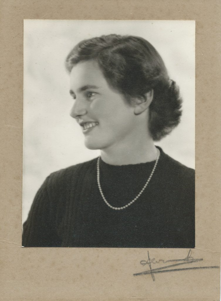 EL Monro 1952